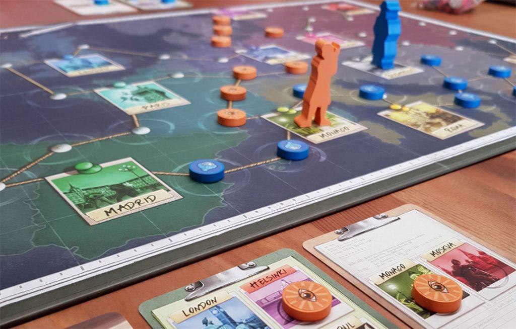 Spy Connection - SpielplanBeiNacht