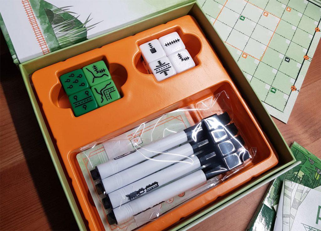 RR Ink Challenge Blattgrün Box