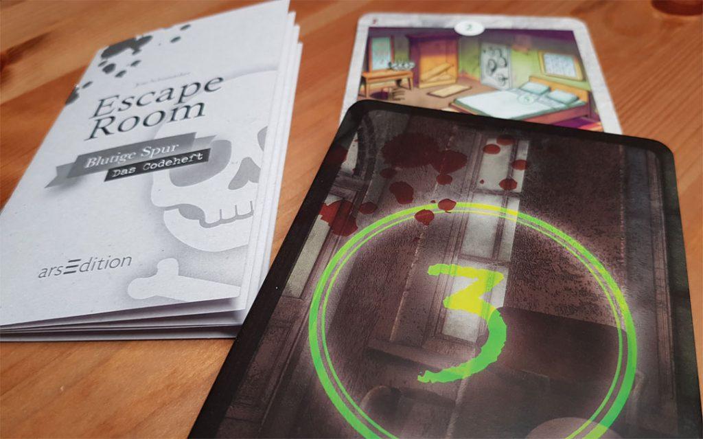 Escape Room - Blutige Spur Spielmaterial